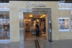 Charlotte-Airport-store-front